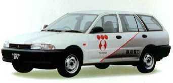 Mitsubishi_libero